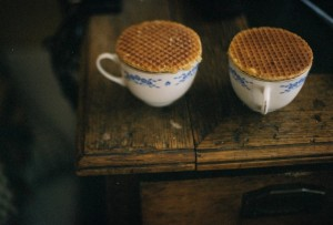 Stroopwafels with cup